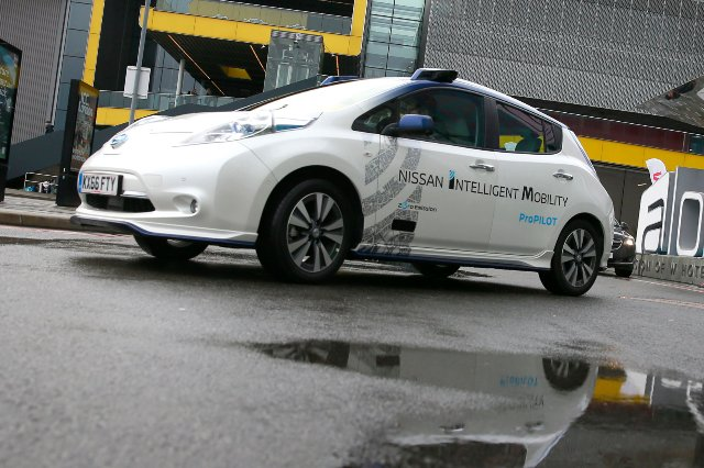 Бюджет Великобритании раскроет путь для автомобилей с автопилотом