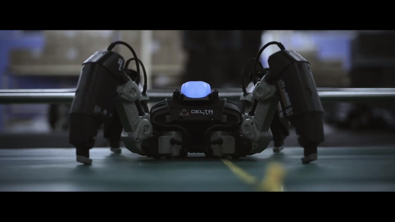 MekaMon - это робот AR, которым вы управляете с помощью смартфона
