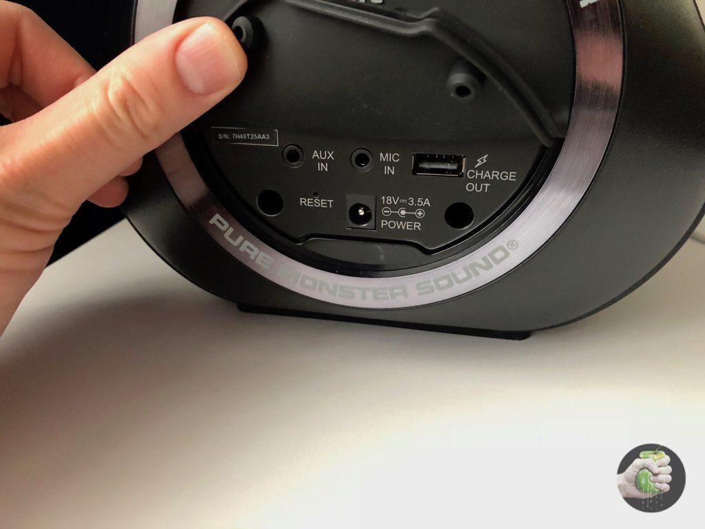 Обзор Monster Blaster Boombox: акустическая пушка!