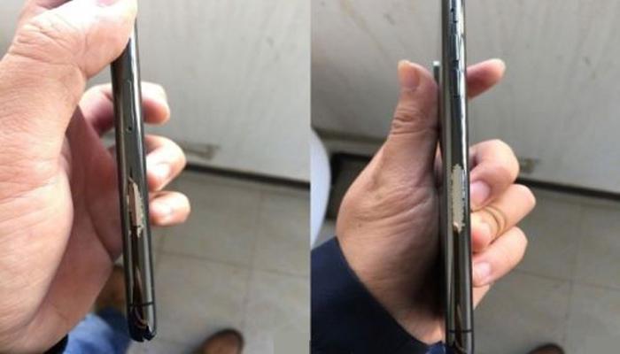 Почему облезает корпус iPhone X?