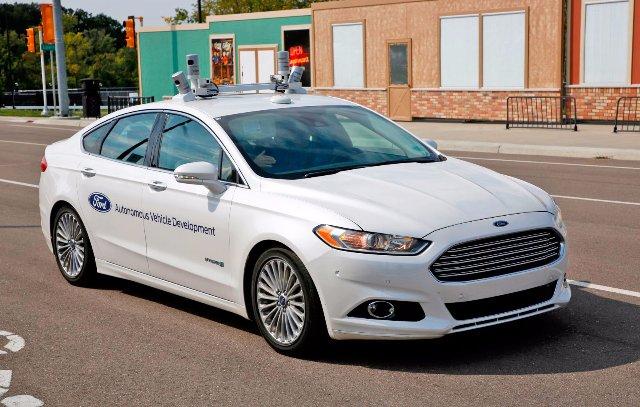 Ford считает, что гибриды лучше подходят для автономных автомобилей, чем электрокары
