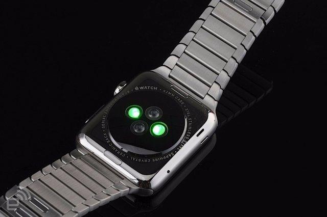 Будущие модели Apple Watch могут получить мониторинг сердца EKG