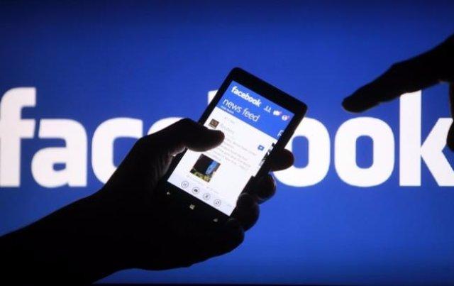 Facebook снова наталкивается на обвинения о незаконном сборе информации