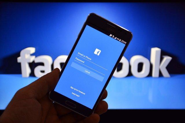 Facebook извиняется за свои «ошибки» модерации