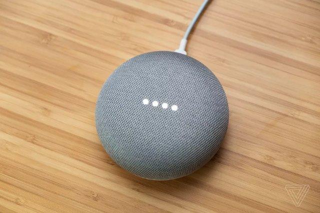 Некоторые динамики Google Home Mini имеют проблемы при воспроизведении музыки на полной громкости