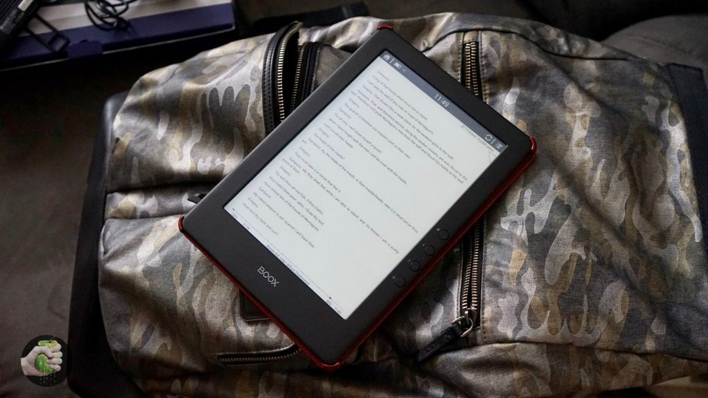 Обзор книги Onyx Boox Chronos: большой ридер для профи (и чтения в кровати)