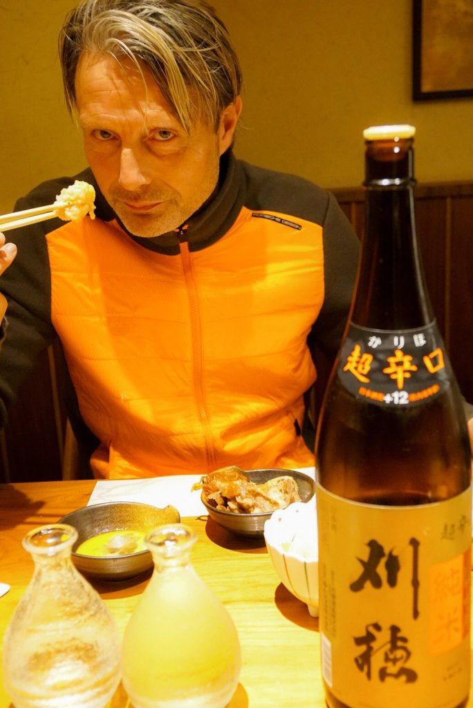 Хидэо Кодзима, Мадс Миккельсен, фотки с ёлкой и алкоголь!