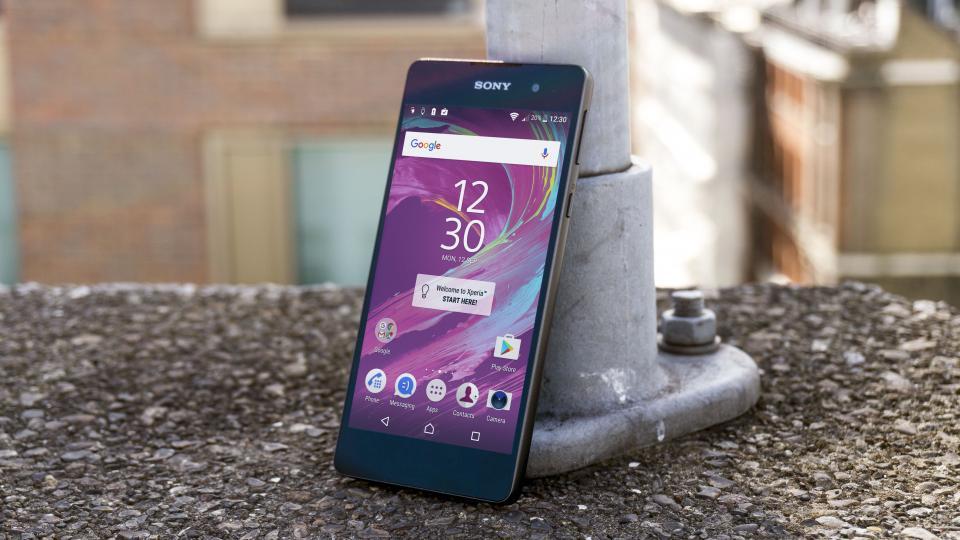 9 бюджетных смартфонов с NFC