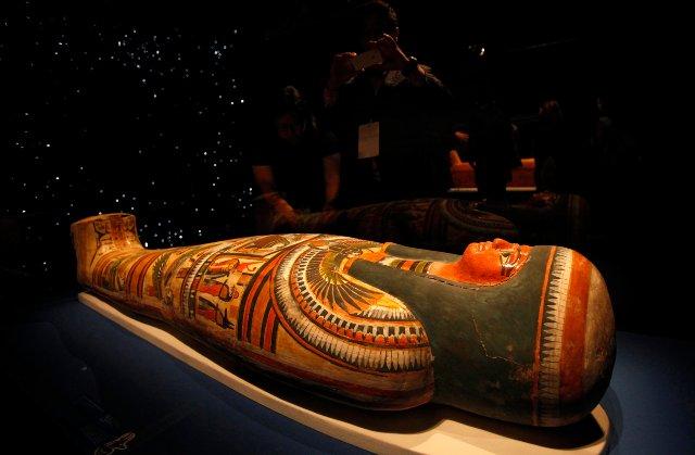 Новая техника сканирования считывает скрытые надписи в саркофагах мумии без вскрытия