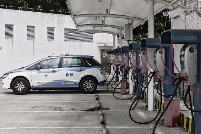 Китай прекратил производство 553 моделей автомобилей для топливной экономичности