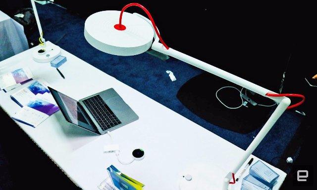 Лампа MyLiFi обеспечивает безопасный доступ в Интернет через светодиоды