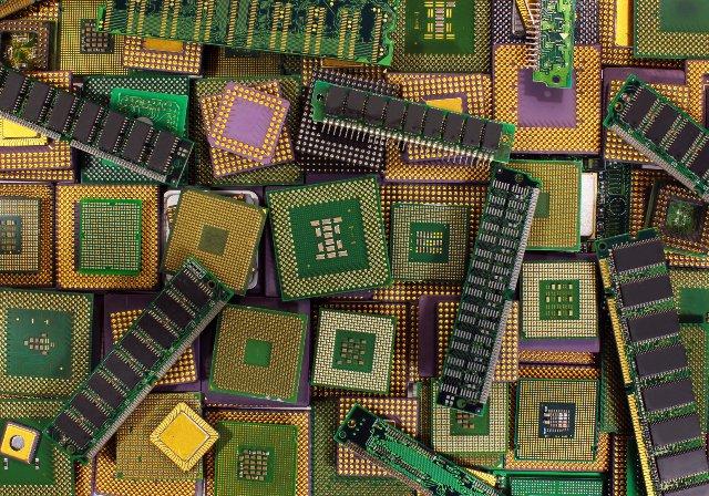 AMD развертывает патч для второй уязвимости процессора Spectre