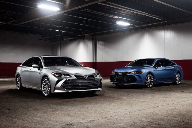Toyotа добавляет CarPlay к новым моделям