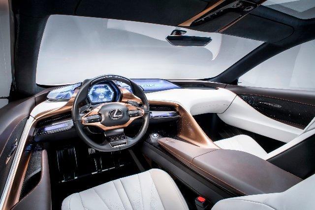 Концепция Lexus LF-1 направлена на электрифицированное, автономное будущее