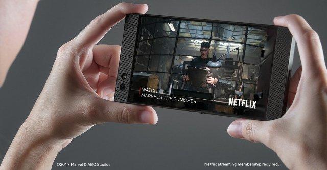 Razer Phone теперь транслирует Netflix в HDR