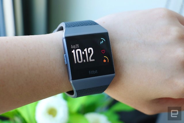 Fitbit может добавить мониторы глюкозы к будущим устройствам мониторинга здоровья