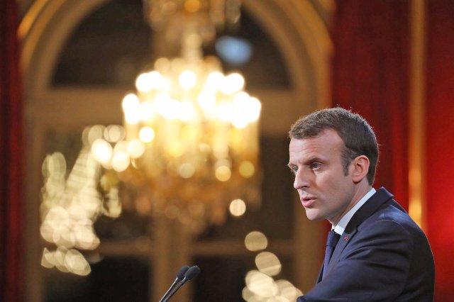 Франция рассматривает новые законы для борьбы с фейковыми новостями