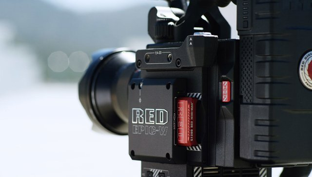 RED объединяется с Foxconn для создания небольших, более дешевых камер 8K