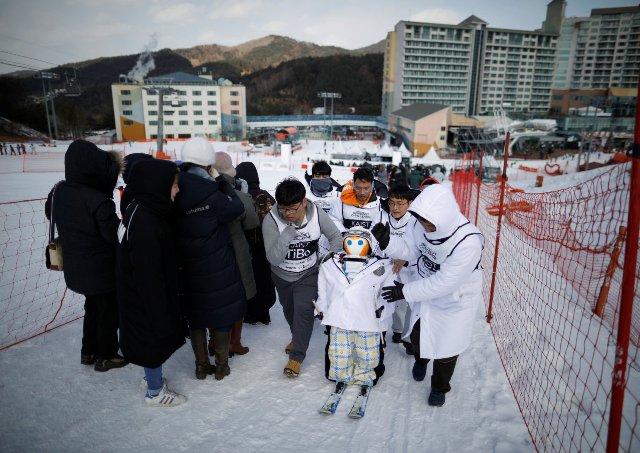 На зимних Олимпийских играх у роботов был свой собственный лыжный турнир
