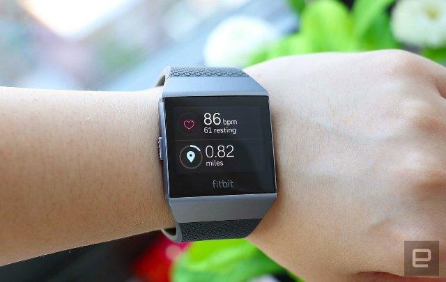 Последнее приобретение Fitbit может помочь управлять условиями здоровья