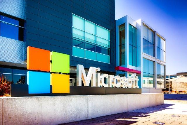 Облачный бизнес Microsoft продолжает расти