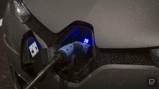 «Умный остров» Renault работает на ветроэнергетике и переработанных батареях