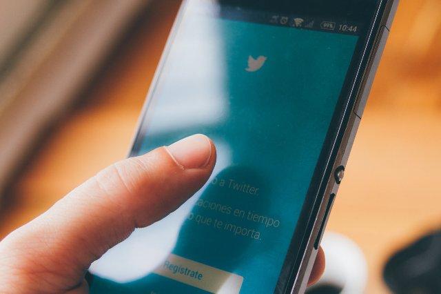Новые правила Twitter запрещают массовое твитты для борьбы со спамом