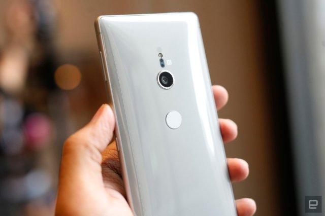 Xperia XZ2 - самый быстрый, самый странный флагманский телефон от Sony