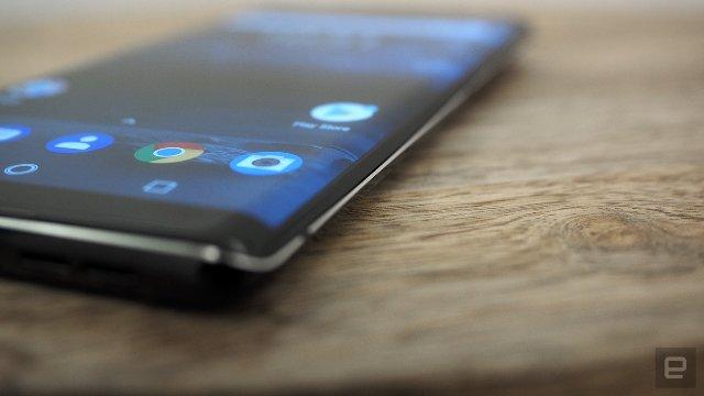 Версия Nokia 8 Sirocco - 95-процентное стекло