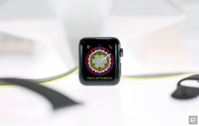 Apple Watch Series 3 будет отслеживать спуски со склонов