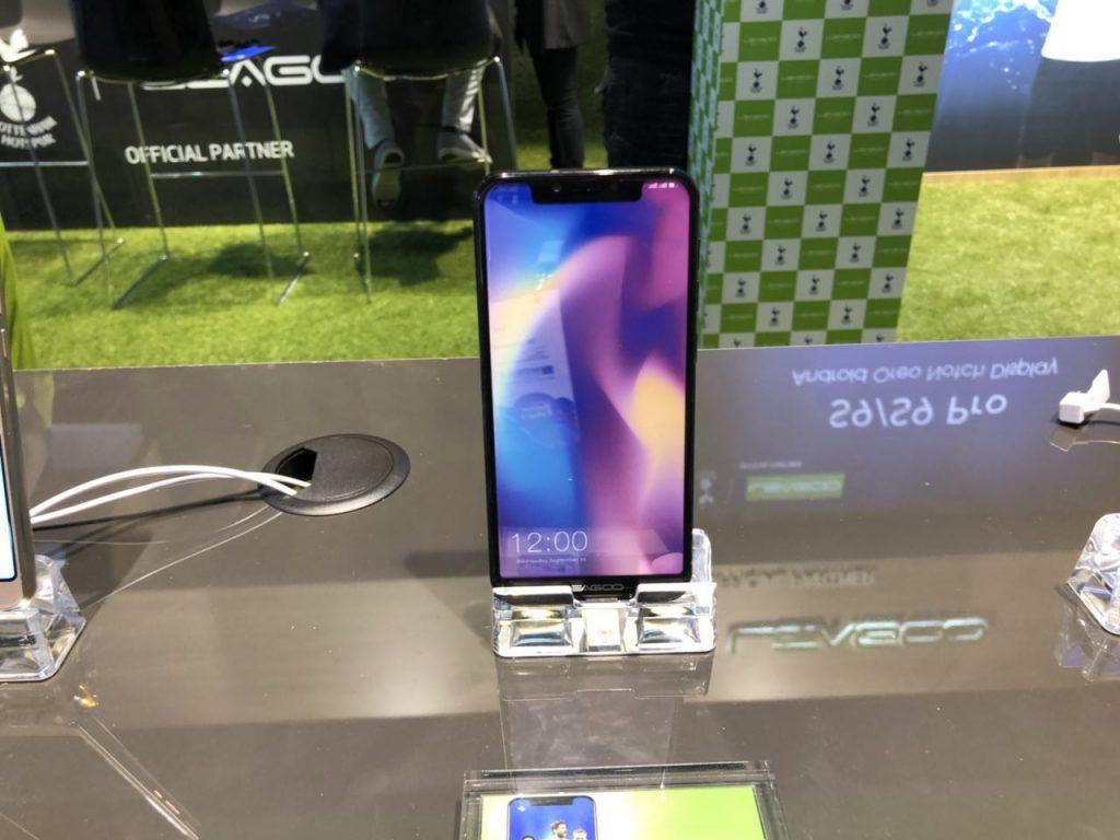 Зацените клоны iPhone X: Leagoo S9 и UlefoneT2 Pro