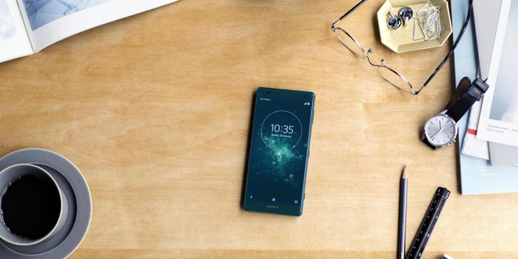 MWC2018: путевые заметки, день первый, интервью с большим человеком из Sony Mobile и хитрая камера в ноутбуке Huawei