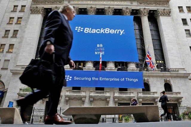 BlackBerry подала в суд на Facebook за нарушение патентов на передачу сообщений