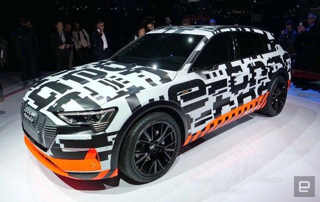Audi представила 250 камуфляжных прототипов e-tron на дорогах Женевы