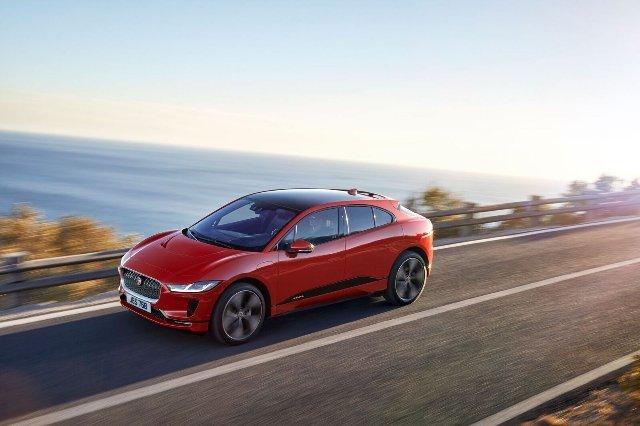 Электрический внедорожник Jaguar может пройти почти 480 км за заряд