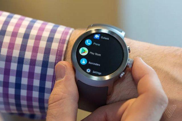 Google Pay для Wear OS поставляется в Канаду, Испанию и Австралию