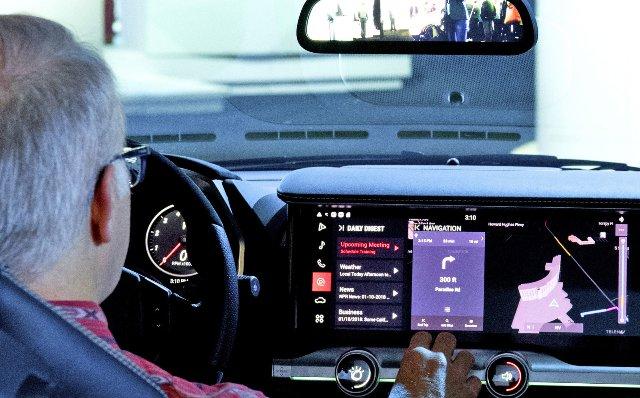 Голосовой помощник IBM Watson приближается к автомобилям и умным домам