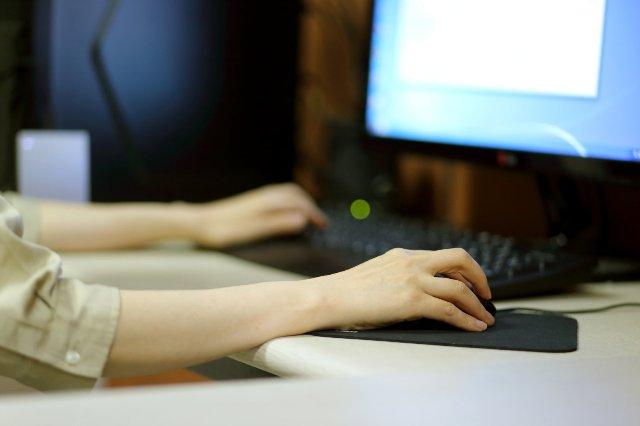 Сеул отключит рабочие ПК для ограничения чрезмерной сверхурочной работы