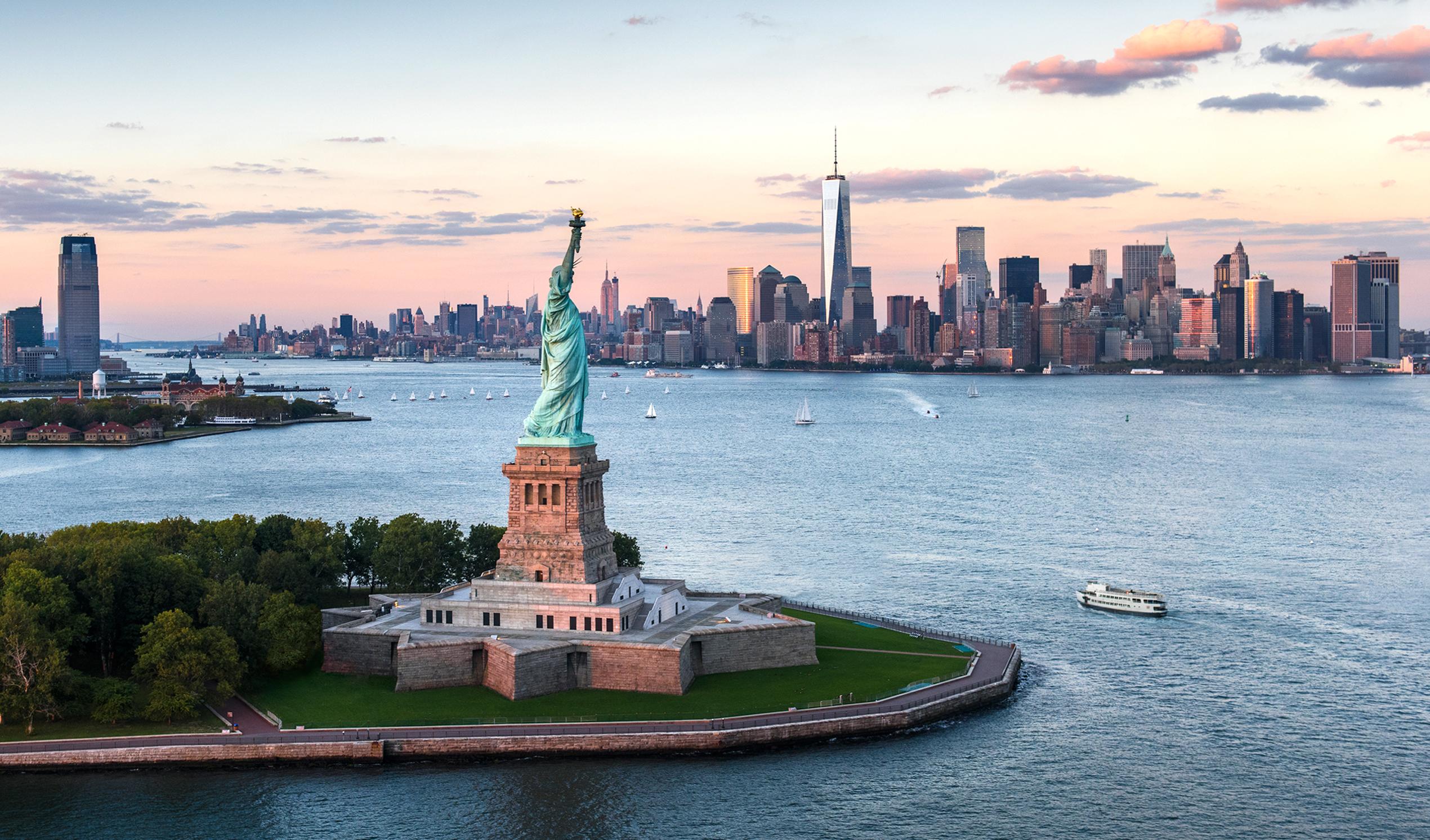 Хотите визу в США? Ну-ка покажите, что пишете в соцсетях