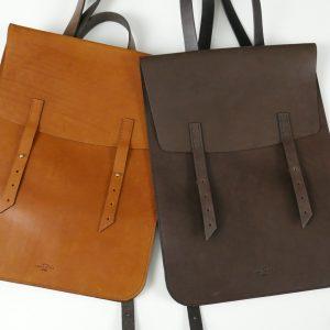 В мире кожаных вещей: рюкзаки, чехлы и Long River