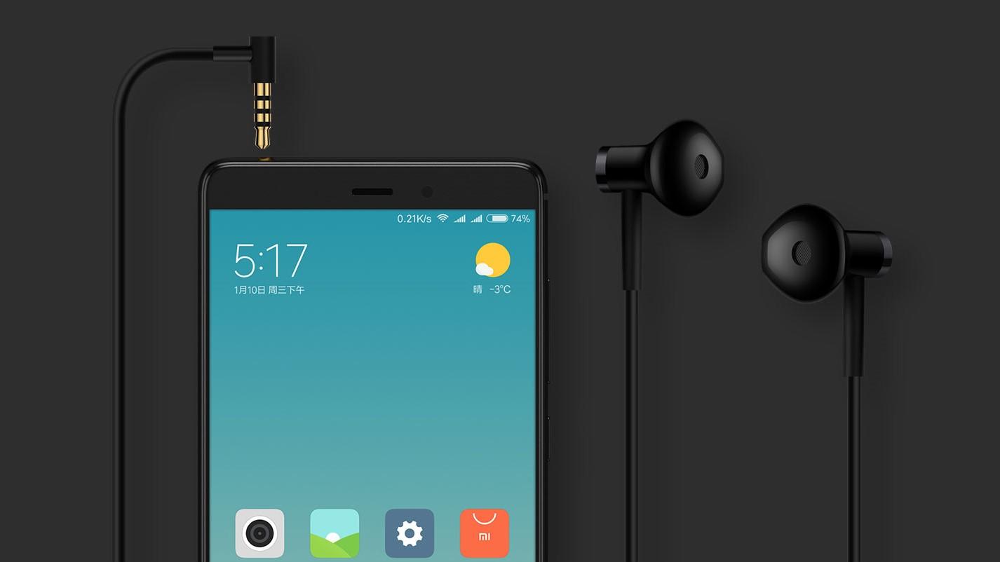 Вещь дня: наушники Xiaomi с керамической диафрагмой всего за 11 баксов