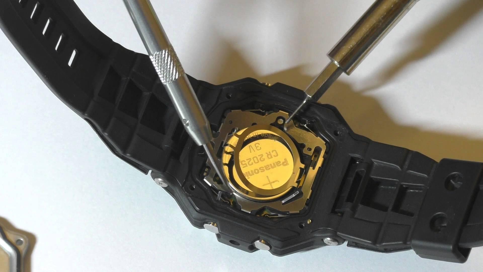 Профессиональная замена батареек в часах Casio