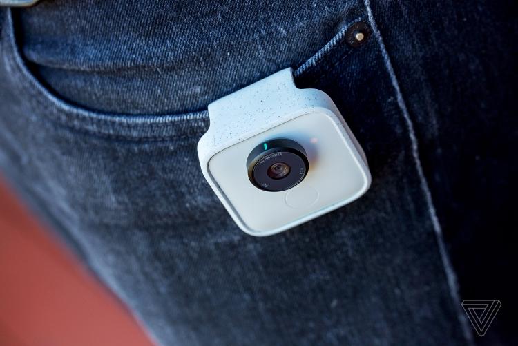 Миниатюрная мозговитая камера Google Clips появилась в продаже
