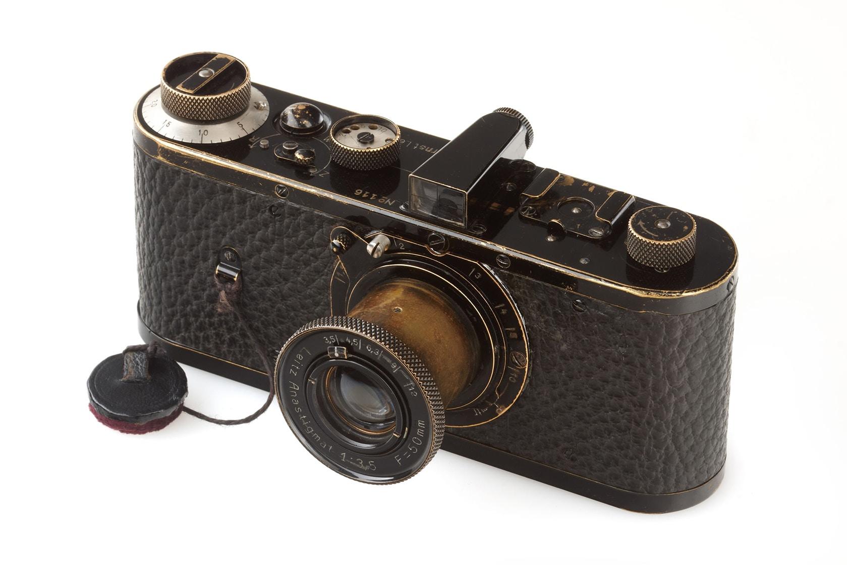 Самый дорогой в мире фотоаппарат продали за $3 миллиона