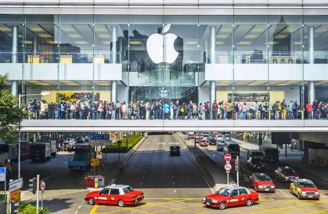 Apple заявляет, что теперь она полностью оснащена возобновляемой энергией