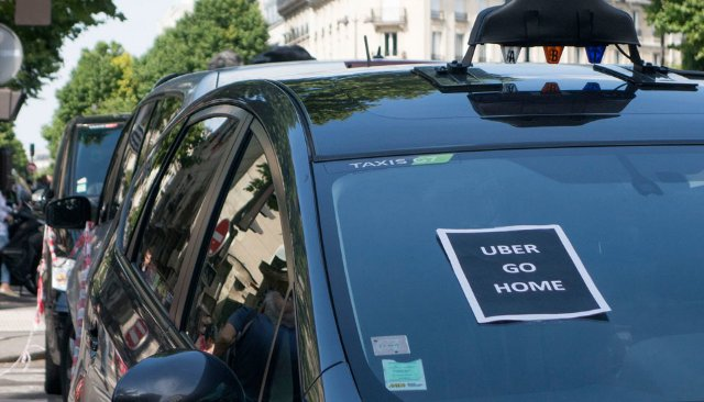 Руководители Uber на крючке за уголовные обвинения во Франции