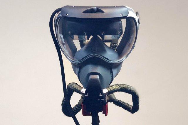 FedEx будет использовать смарт-очки, чтобы помочь пилотам в чрезвычайных ситуациях