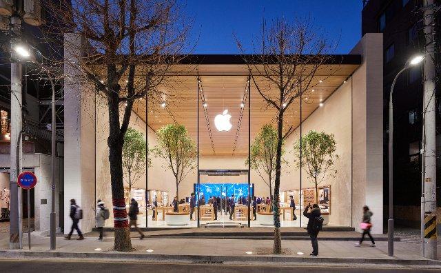 Apple наняла бывшего вице-президента Samsung для работы в Южной Корее