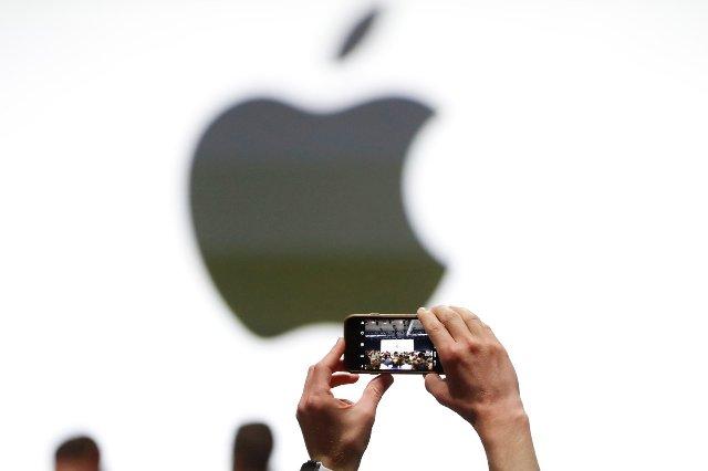 По слухам, AR-гарнитура Apple может упаковывать дисплеи 8K и поддержку VR