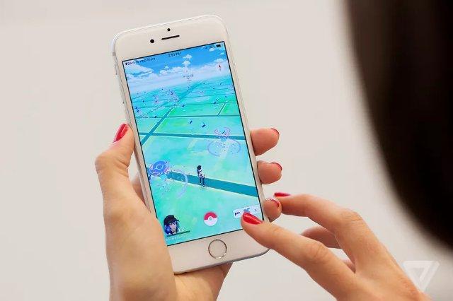 Pokémon Go наградит игроков за сбор мусора в День Земли